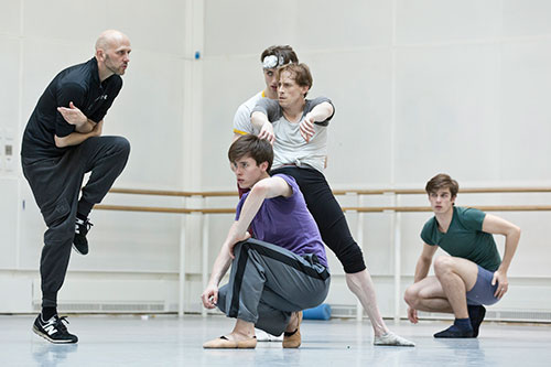 Watch: Wayne McGregor rehearses <em>Obsidian Tear</em>