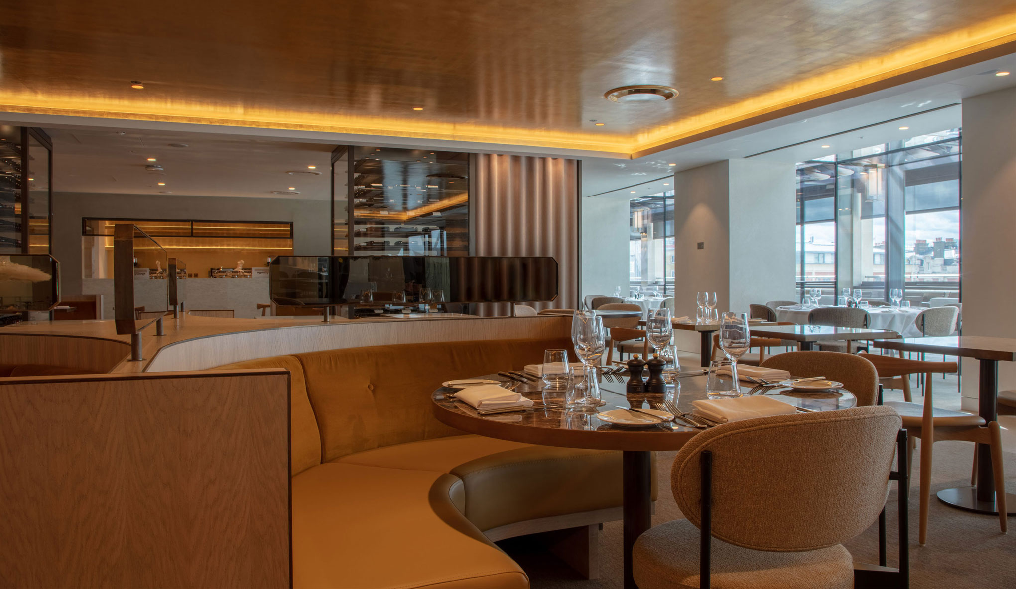 The stylish and elegant newly refurbished Restaurant Level 5.